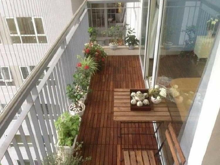 Hướng ban công là hướng đón gió đón nắng trực tiếp của căn hộ chung cư.