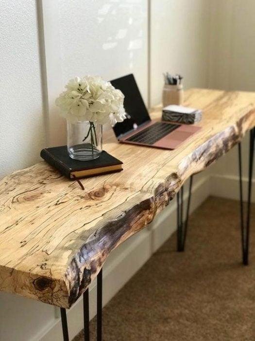 Thiết kế bàn để máy tính bằng gỗ một tấm