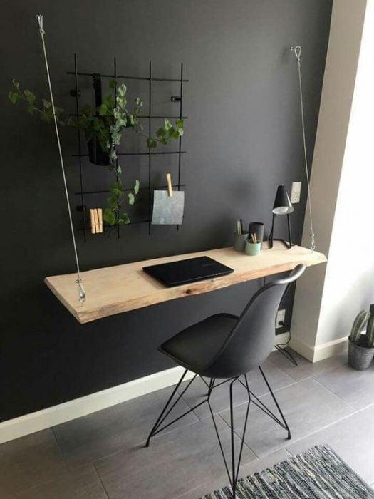 Thiết kế bàn để máy tính treo tường bằng dây