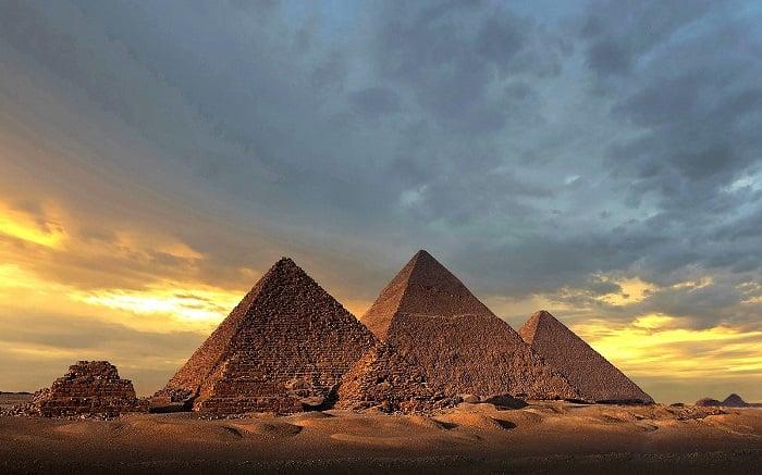Đại kim tự tháp Giza, Ai Cập