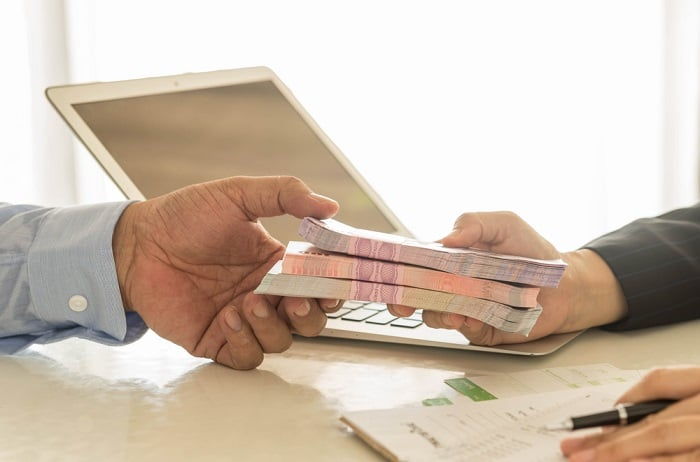 Hình thức ân hạn nợ gốc và lãi là những trương trình ưu đãi đặc biệt của các ngân hàng