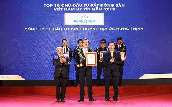 Hưng Thịnh vinh dự nhận giải thưởng Top 10 CĐT BĐS Việt Nam uy tín 2019