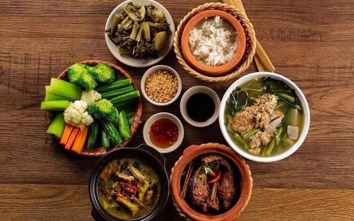 Việt Nam nằm trong top 15 nước có món ăn đường phố ngon nhất thế giới