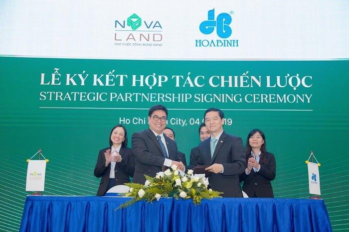 Lễ ký kết hợp tác giữa Hòa Bình và Novaland