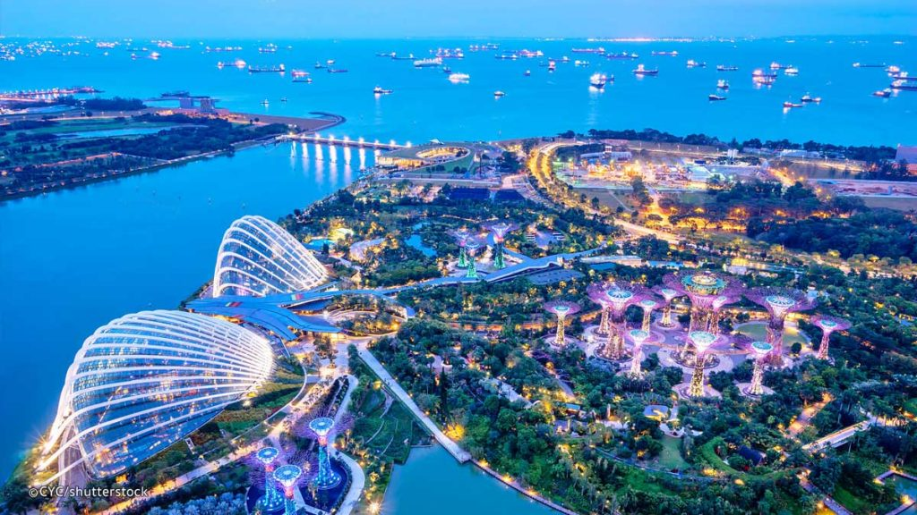 Gardens by the bay tại Vịnh Singapore