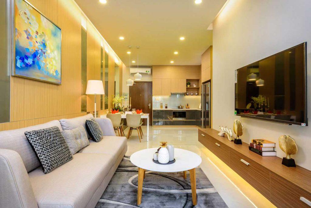Căn hộ mẫu 2PN - Phòng khách & Khu vực bếp và bàn ăn
