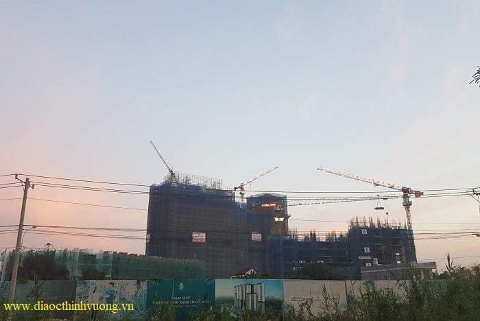 Tiến độ xây dựng dự án Dlusso (dự kiến bàn giao cuối năm 2021) và Precia (dự kiến đầu năm 2022)