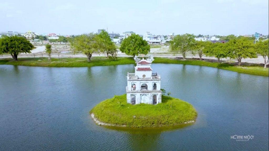 Cận cảnh khu Tháp Rùa của phiên bản Hồ Gươm Xanh