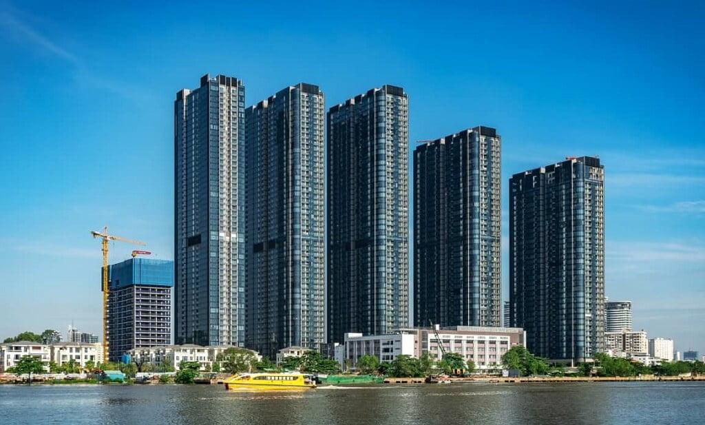 Vinhomes Golden River Quận 1 bên sông Sài Gòn
