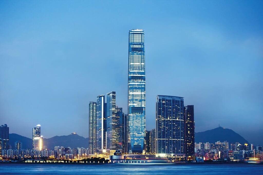 The Ritz-Carlton Hong Kong với mỗi đêm có thể lên đến 300 triệu VNĐ