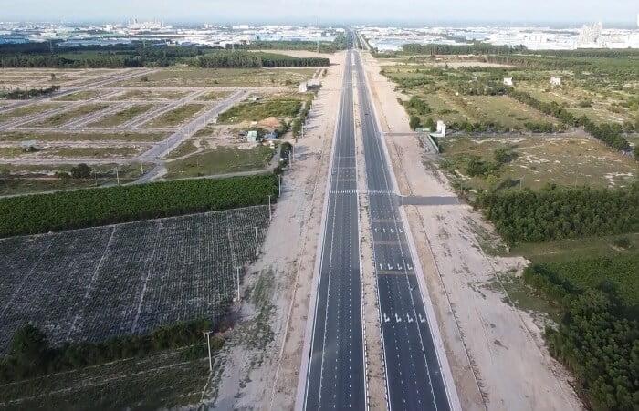Tiến độ đoạn mới thông xe đường Nguyễn Ái Quốc