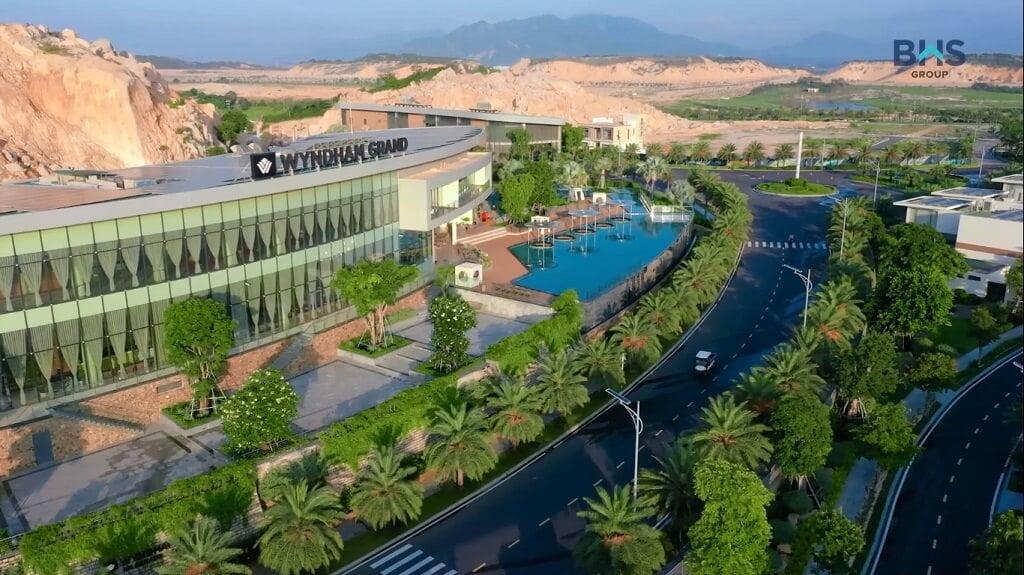 Khu khách sạn Resort Wyndham Grand tại Paradise Cam Ranh